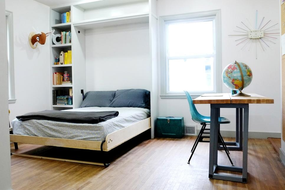20 Smart Ideas For Small Bedrooms Hgtv Minimalist Bedroom Space Ideas