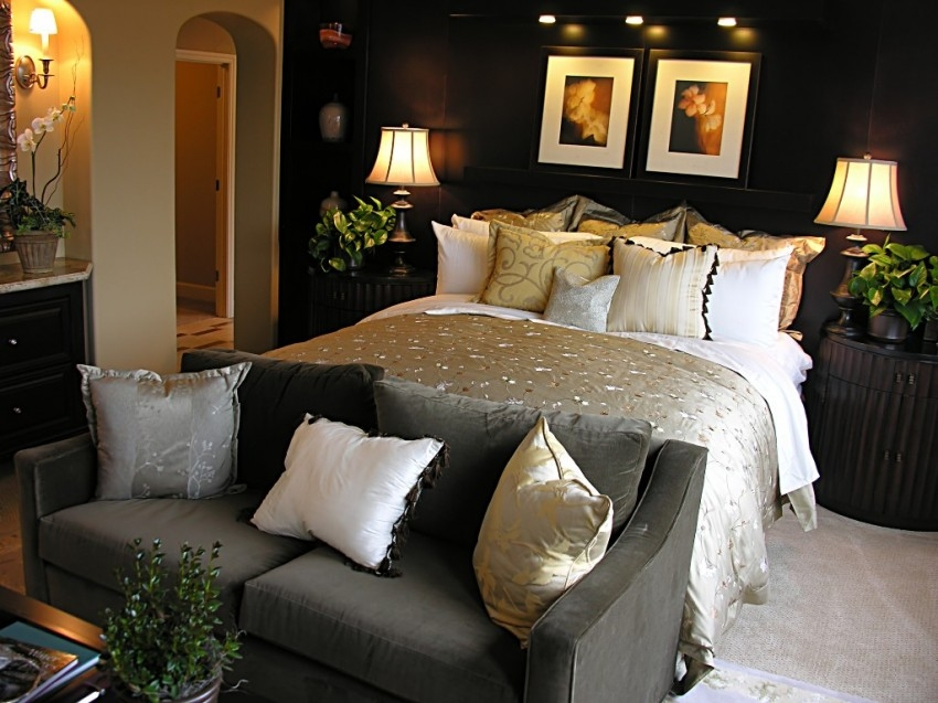 Decorating Ideas For Bedrooms For Couples Univers Naruto Inexpensive Couples Bedrooms Ideas