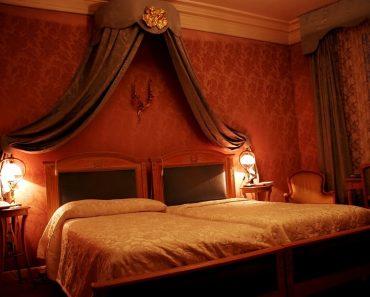 Hot Bedroom Decorating Ideas Couple Rukle Romantic Design Decor New Hot Bedroom Designs