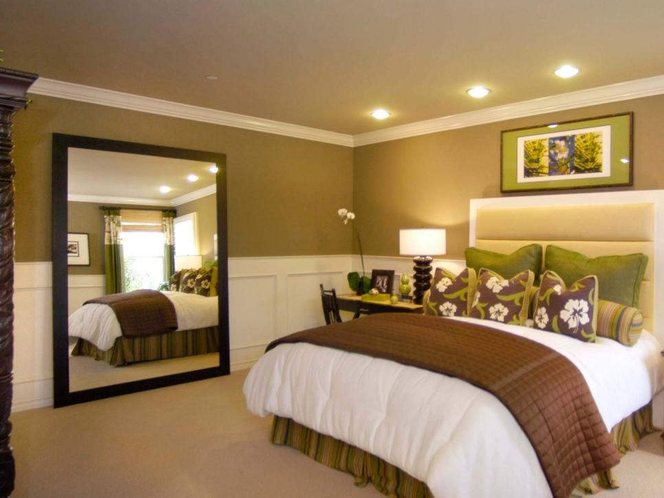 Stylish Ways To Decorate With Mirrors In The Bedroom Hgtv Inspiring Ideas In The Bedroom