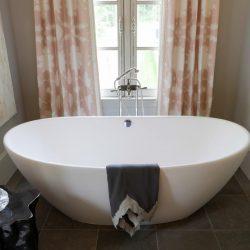 Soaking Tub For Small Mesmerizing Small Bathroom