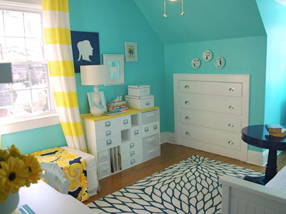 9 Tiny Yet Beautiful Bedrooms Hgtv Inexpensive Beautiful Bedroom Ideas For Small Rooms