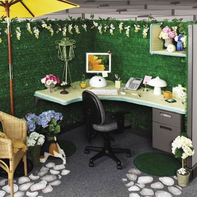 Home Office Green Decor