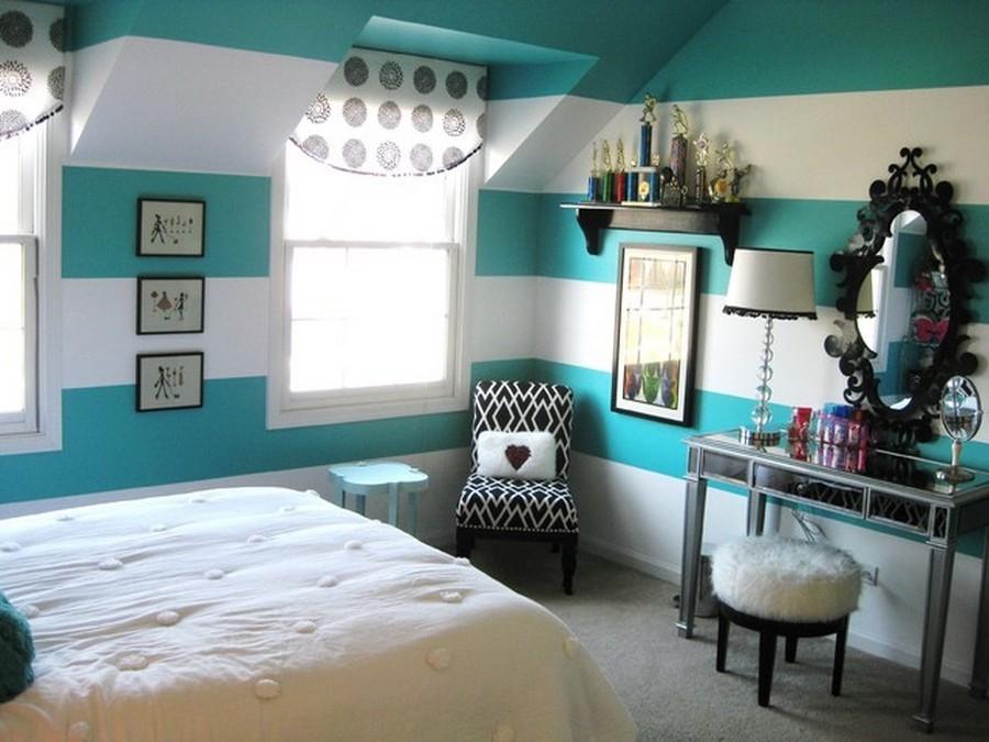 Bedroom Accessories For A Teenage Girls Bedroom With Mirror Wall Impressive Teenage Girl Bedroom Wall Designs