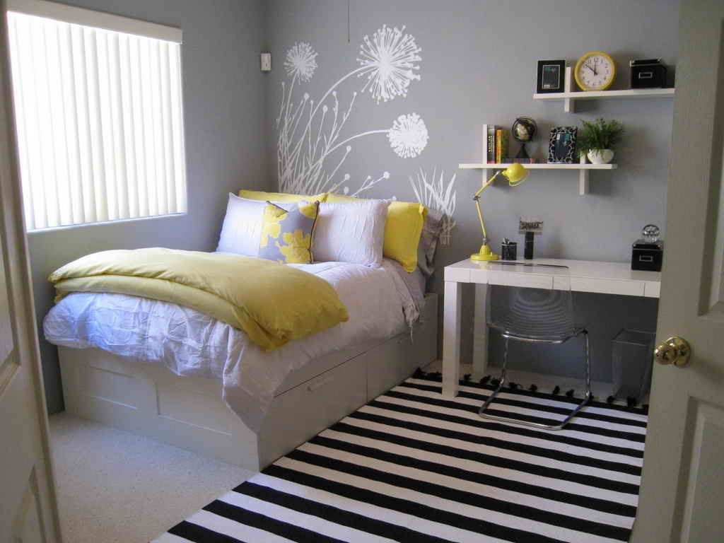 bedroom colors for small brilliant bedroom colors for small rooms