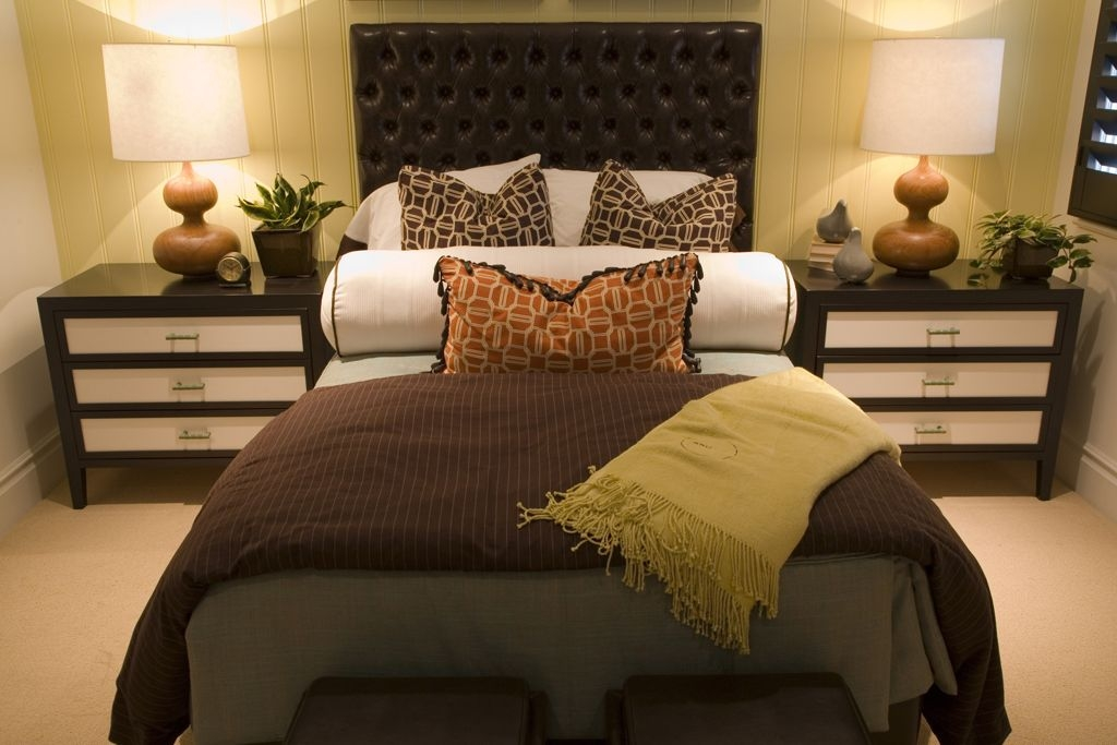 Bedroom Cool Bedroom Design With Cream Wall Color And Brown Bed Classic Brown And Cream Bedroom Ideas