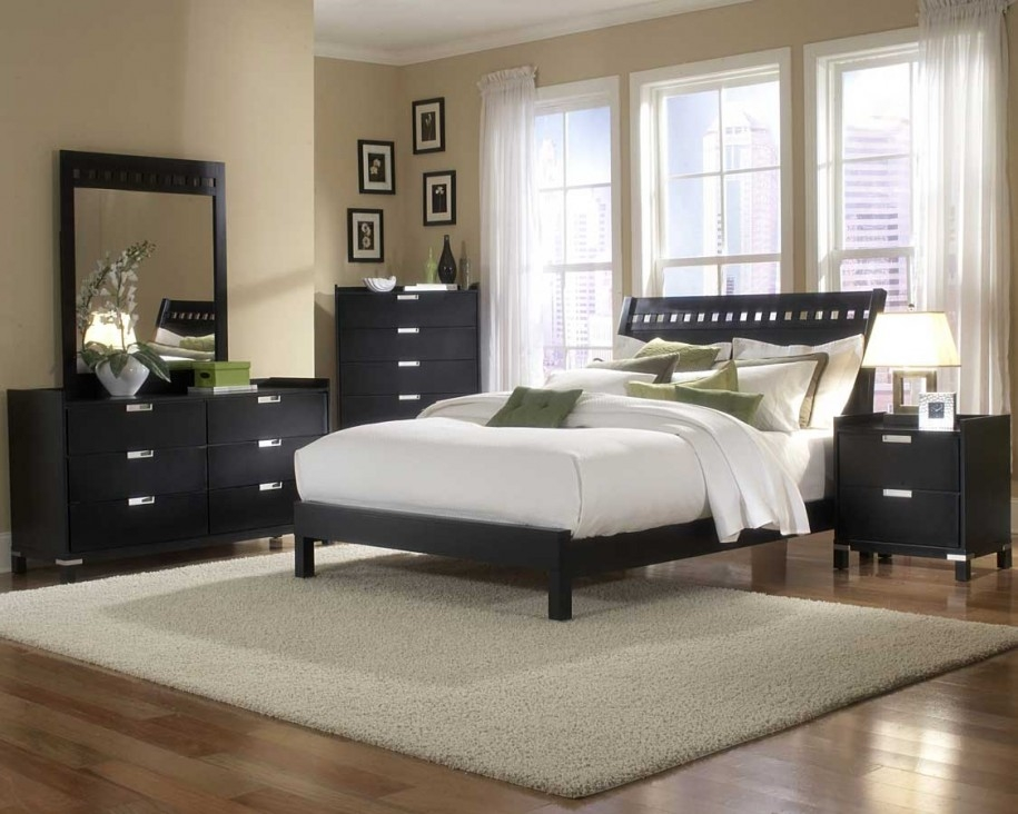 Bedroom Design Ideas For Couples Adjusted To Cream Wall Paint Inexpensive Couples Bedrooms Ideas