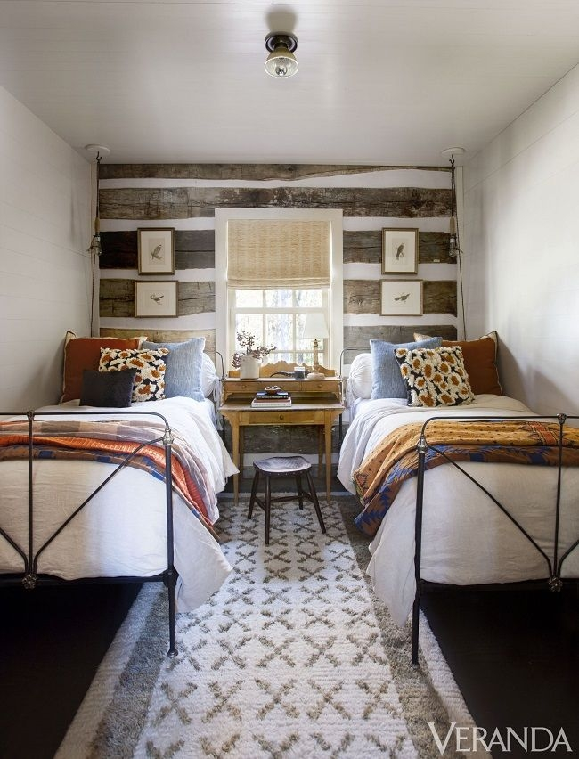 Best Log Cabin Bedrooms Ideas On Pinterest Classic Cabin Bedroom Decorating Ideas