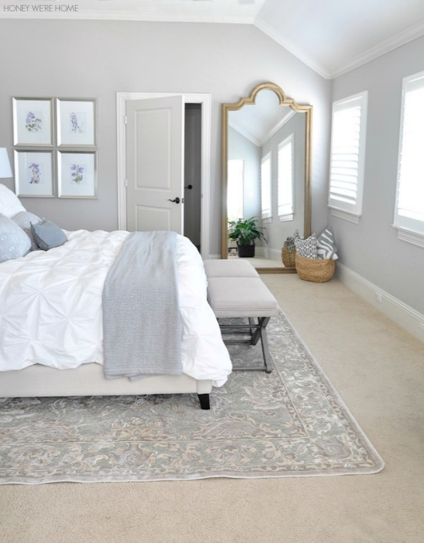 Blue And White Decor Adding Blue And White Colors And Patterns Contemporary New Home Bedroom Designs