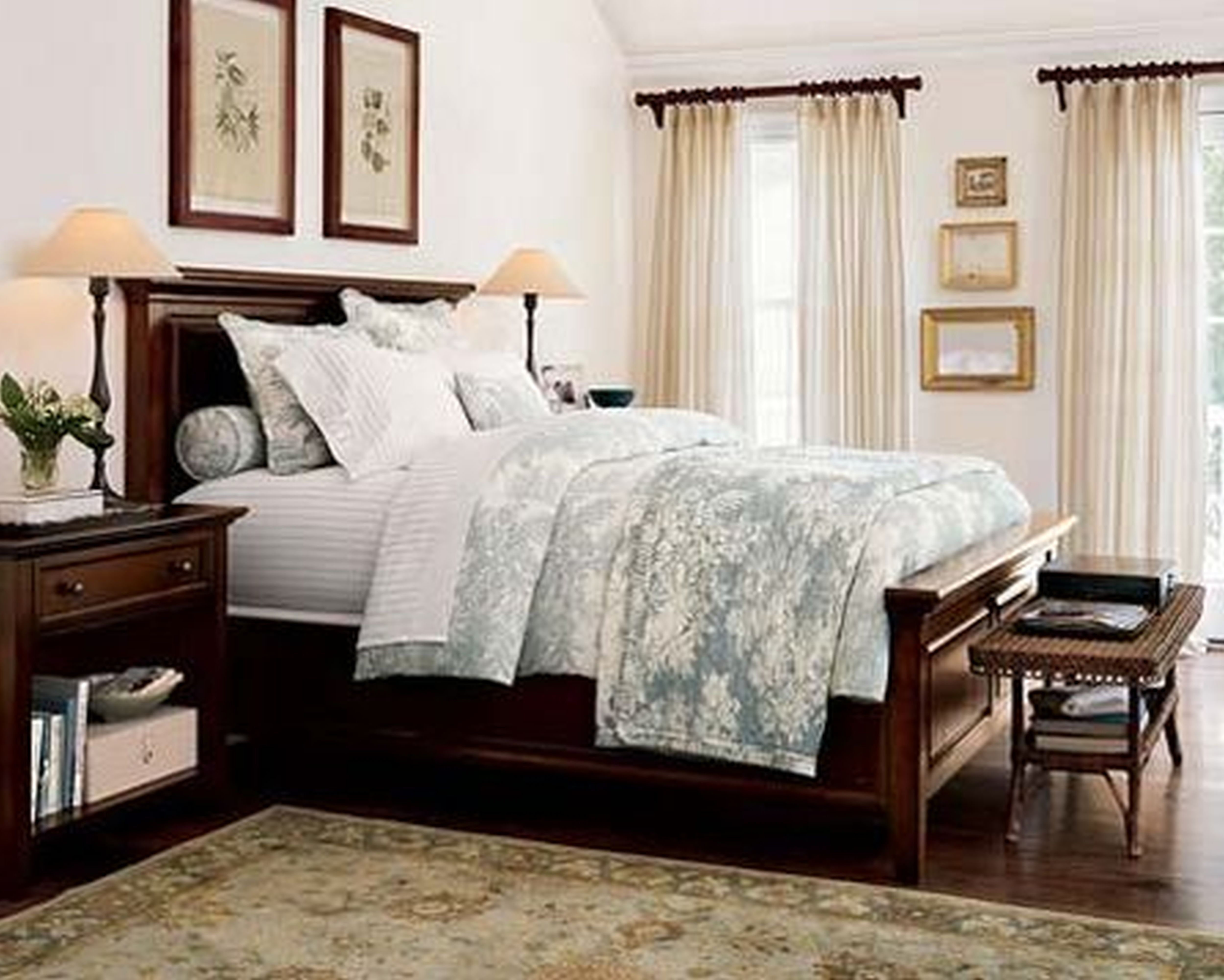 Magnificent Small Bedroom Best Home Decorating Bedding