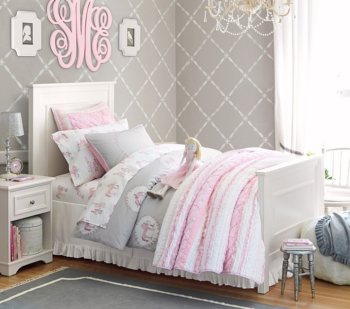 this is such a nice calm girls room with the gray wallpaper beautiful girls bedroom wallpaper ideas