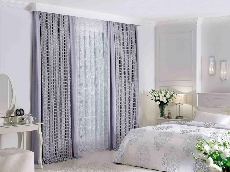 Tips In Choosing The Appropriate Curtain Ideas For Bedroom Classic Bedroom Curtain Ideas
