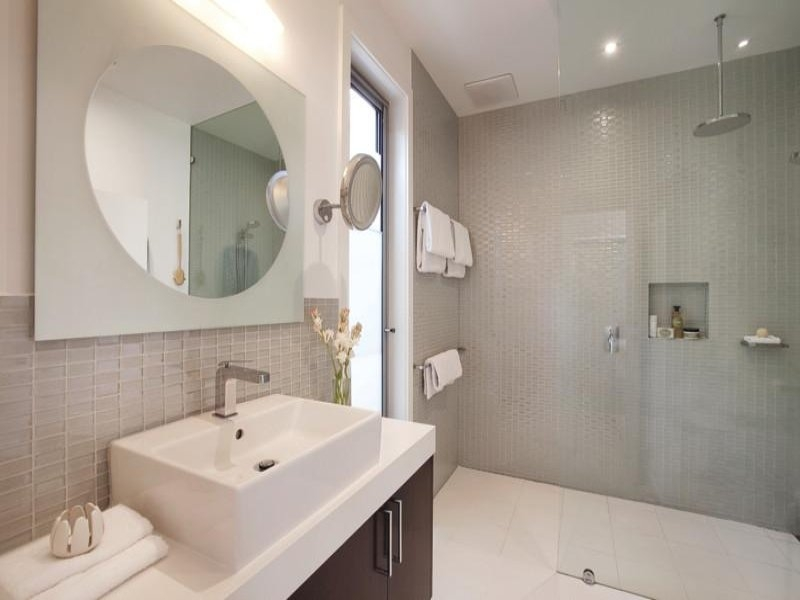 In A Bathroom Design From An Australian Home Bathroom Photo Cheap Australian Bathroom Designs