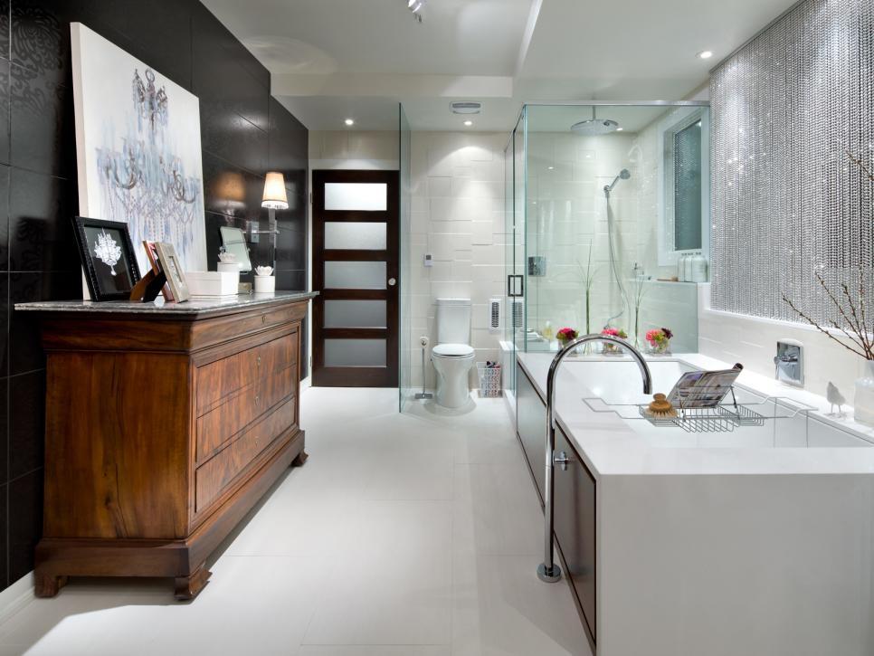 Our Favorite Designer Bathrooms Hgtv Inspiring Designers Bathrooms